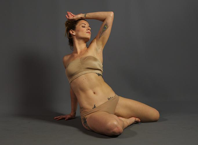 Taryn: Figure